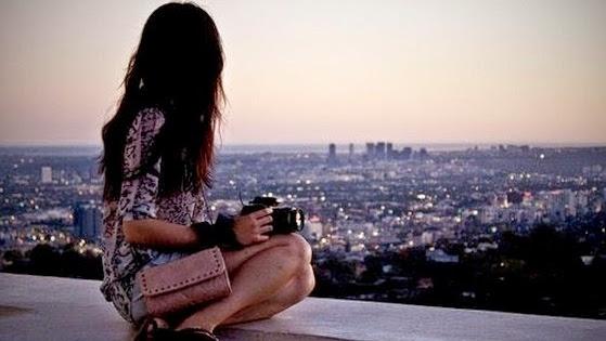 alone-girl-sad-broken-heart-moon-light-waiting-someone