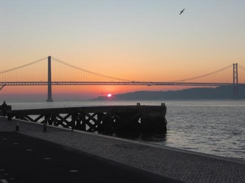 ponte_25_abril_amanhecer2